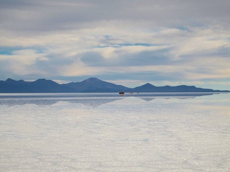 uyuni glistens Awash In Salt: Photos From Salar de Uyuni in Bolivia