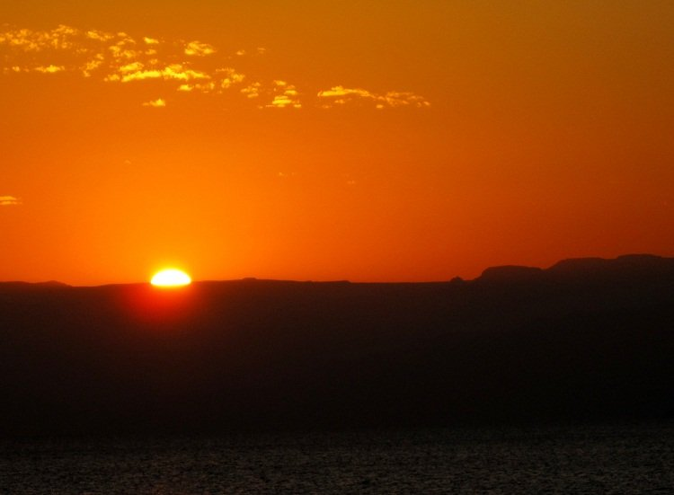 redsea sunset 5 Reasons to Visit Jordan Now