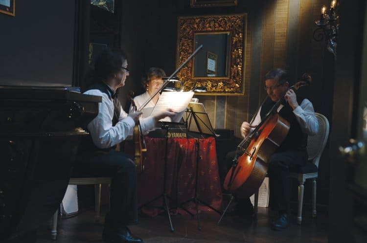 tchaikovsky musicians Romantic Russian and French Fusion at Tchaikovsky Restaurant In Tallinn
