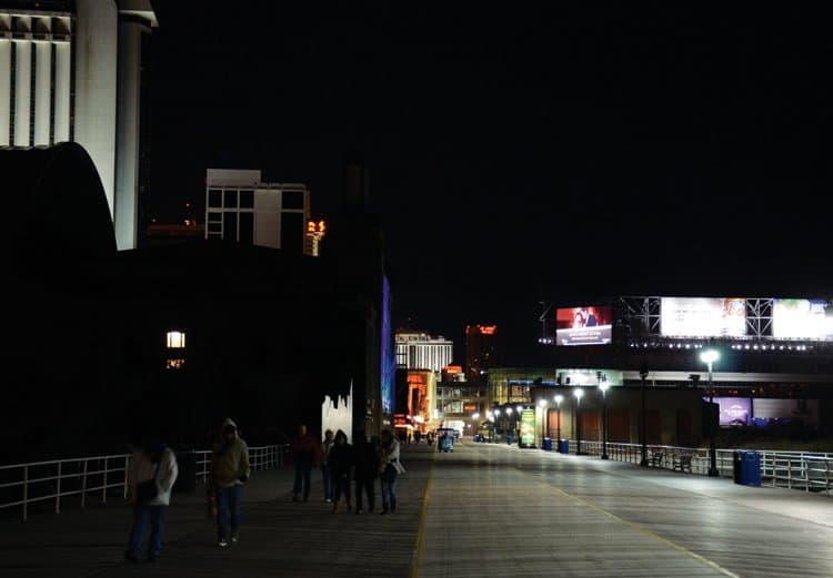 atlantic city boardwalk at night