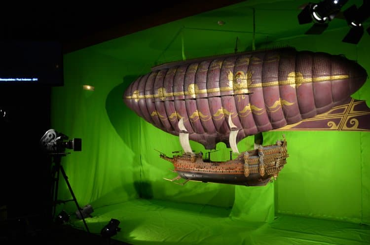 airship miniature musee lyo Movie and Miniature Magic In Lyon