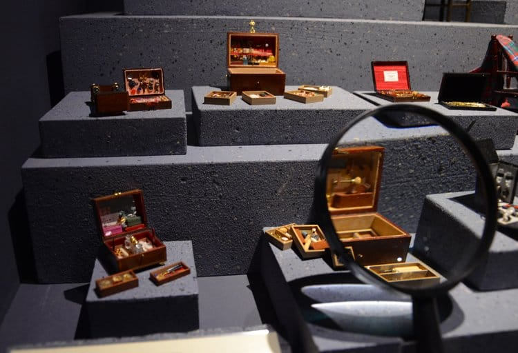 miniature magnify musee lyo Movie and Miniature Magic In Lyon